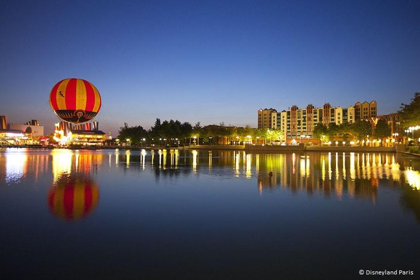 Panoramagique junto al lago de Disney Village